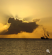ISOLE CAYMAN TRAMONTO
